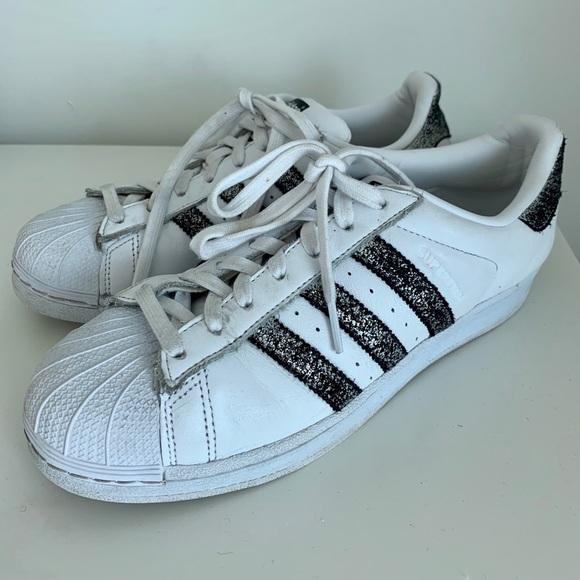 size 8 adidas superstar